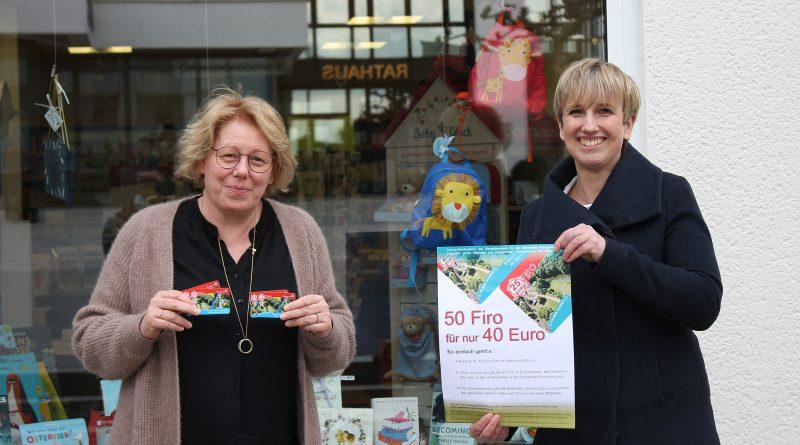 Uta Deitenberg und Simone Rohde (r.) vom Gewerbeverein für die Gemeinde Finnentrop e.V. stellen die Firo-Aktion vor